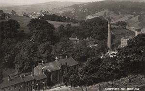 Holmfirth from South Lane.jpg
