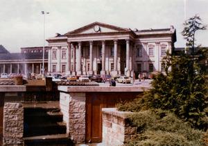 Huddersfield Railway Station [13].jpg
