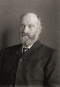 Thomas Holden (1852-1909).jpg