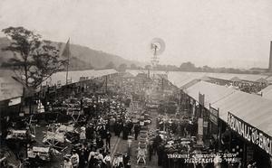 Yorkshire Agricultural Show, Huddersfield, 1904.jpg