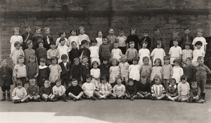 Linthwaite Council School 1920s.jpg