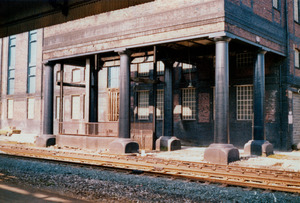 Huddersfield Railway Station [9].jpg