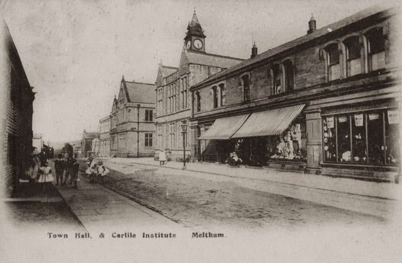 File:1904 postcard of Meltham Town Hall and Carlile Institute.jpg